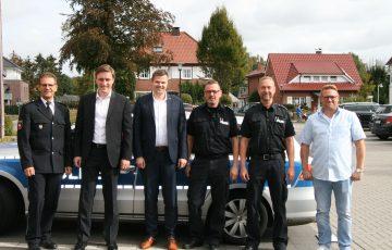 Landtagsabgeordnete besuchen Polizeistation